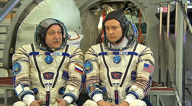 Участники 52-ой экспедиции МКС Фёдор Юрчихин и Джек Фишер