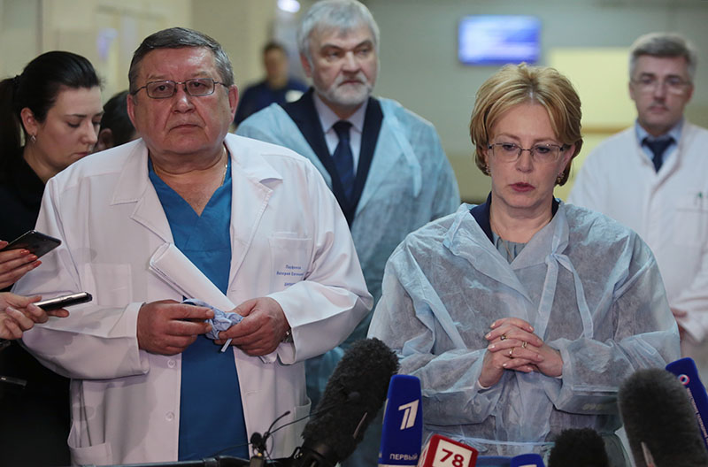 Министр здравоохранения России Вероника Скворцова и директор НИИ скорой помощи имени И.И. Джанелидзе Валерий Парфенов