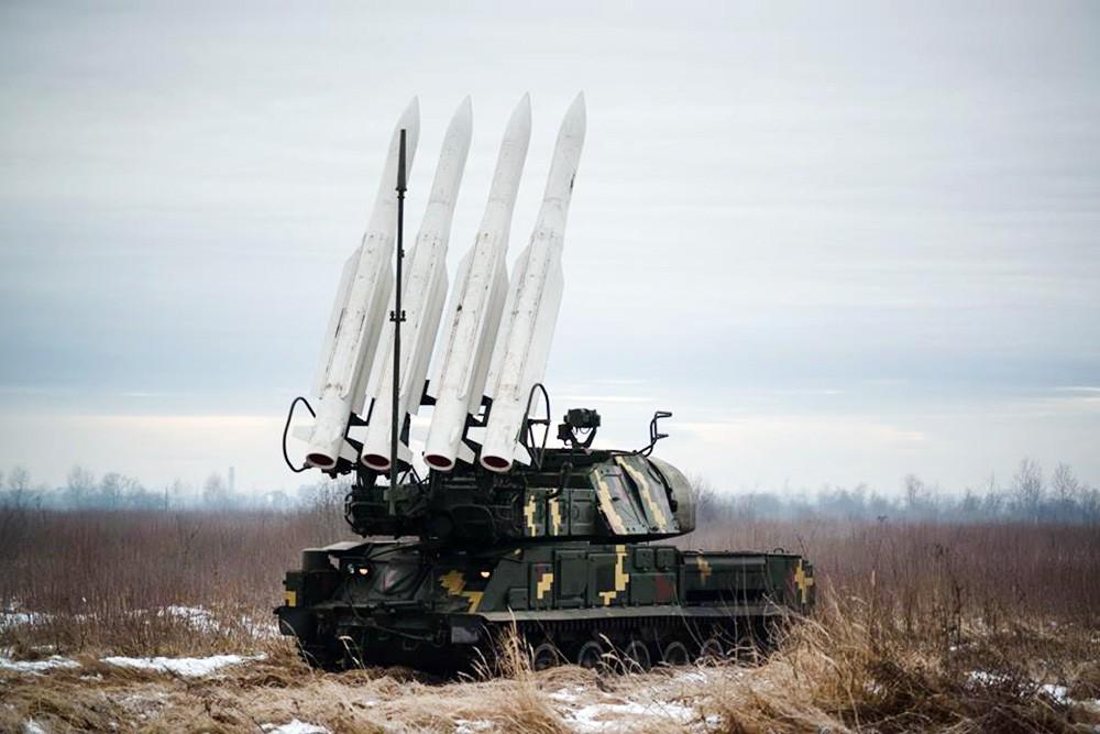 """Зенитно-ракетный комплекс """"Бук"""" вооруженных сил Украины"""