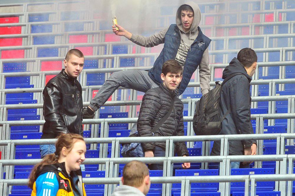 Футбольные фанаты