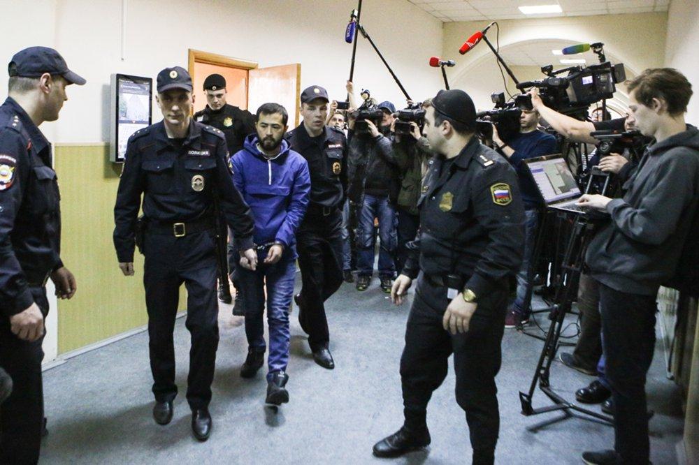 Избрание меры пресечения фигуранту дела о теракте в метро Санкт-Петербурга Акраму Азимову в Басманном суде
