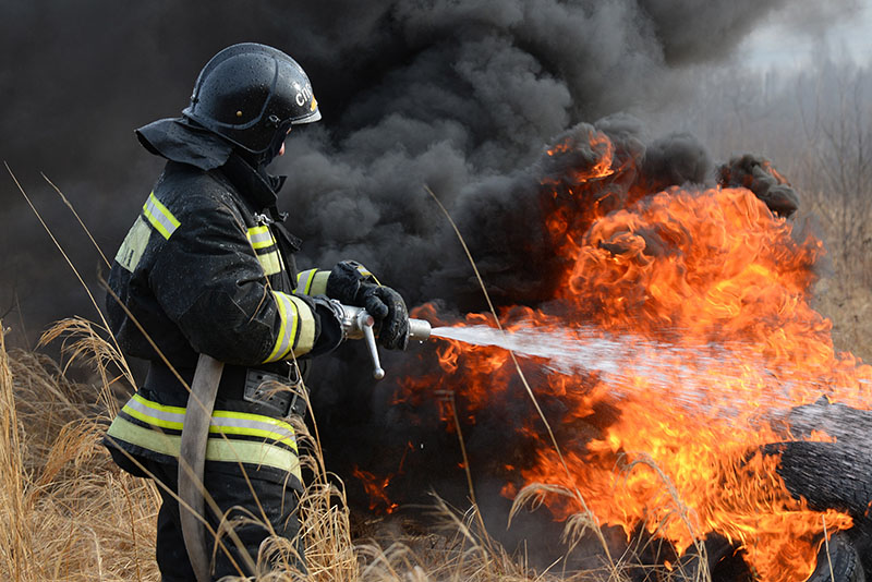 Поздравление с днем пожарной охраны в стихах
