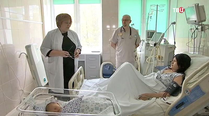 Многодетная мать в больнице