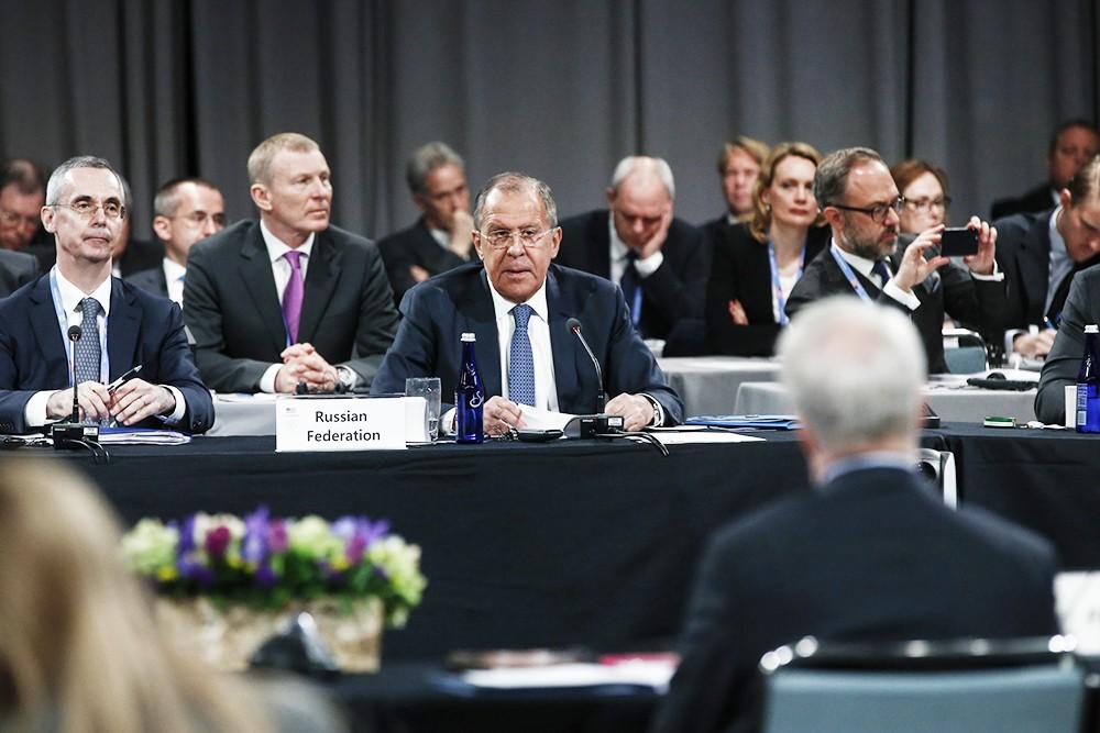 Глава МИД России Сергей Лавров на Арктическом форуме