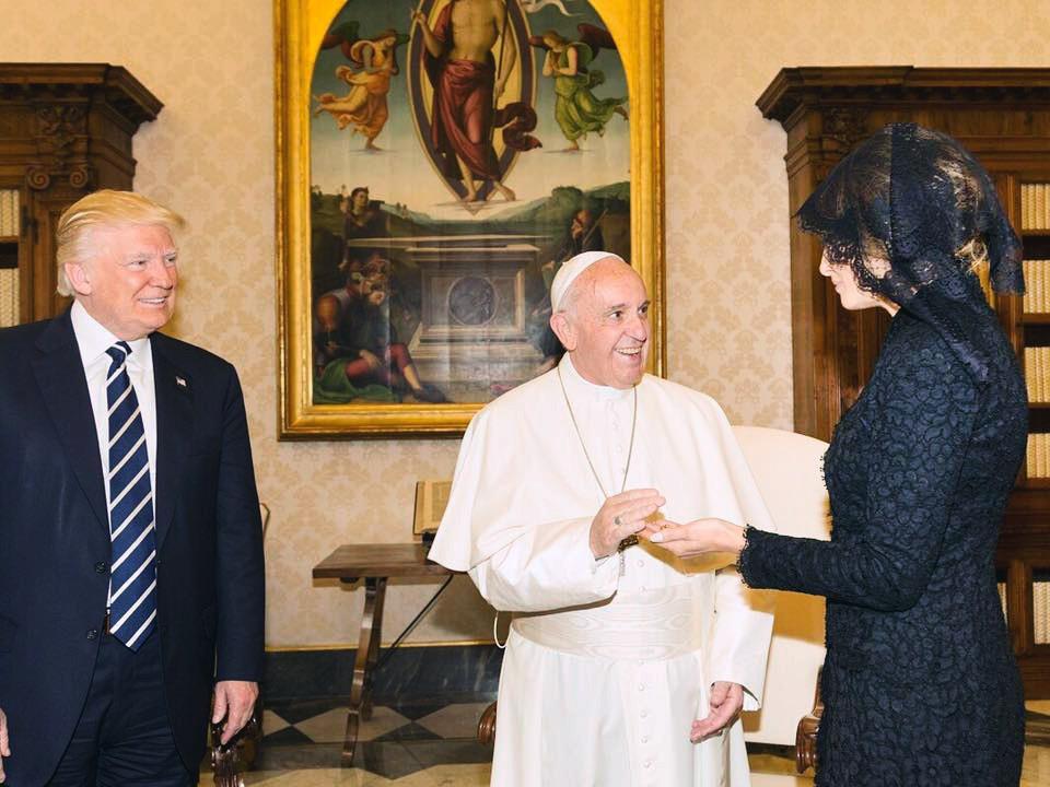 Папа Римский, Мелания и Дональд Трамп