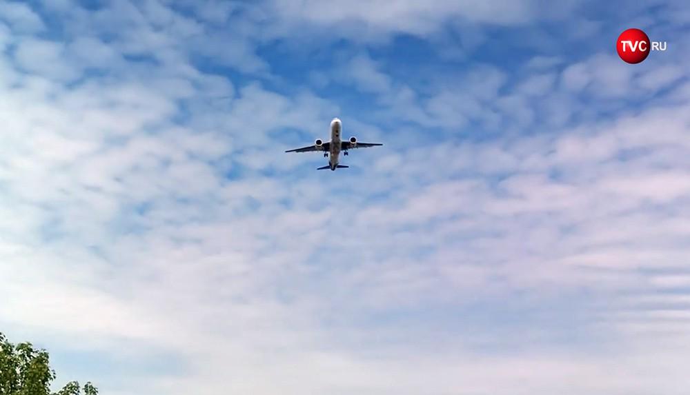 Самолет МС-21