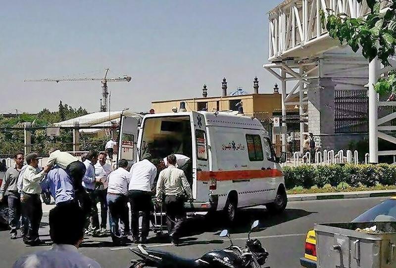 Скорая помощь Ирана на месте происшествия