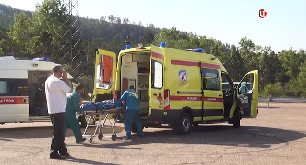 Скорая помощь в районе ДТП в Забайкалье