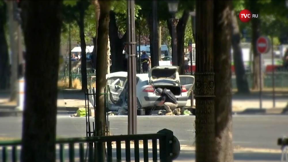 Полицейские Франции на месте происшествия