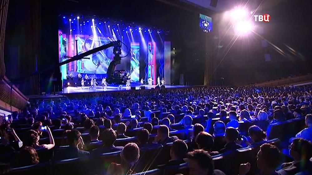 Концерт для выпускников в Кремлёвском дворце