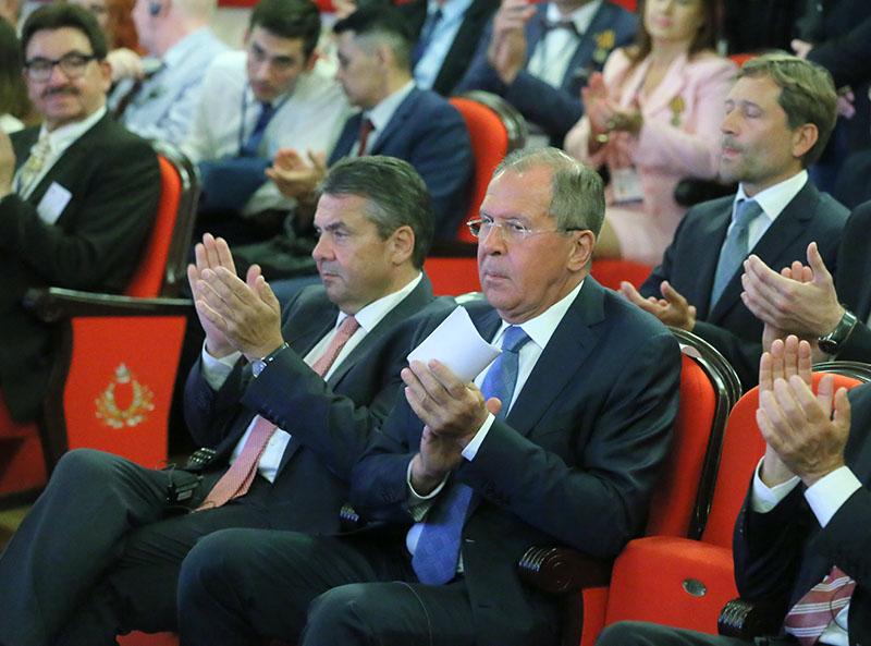 Министр иностранных дел России Сергей Лавров и министр иностранных дел Германии Зигмар Габриэль