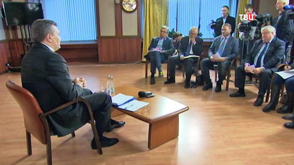 Виктор Янукович делает заявление