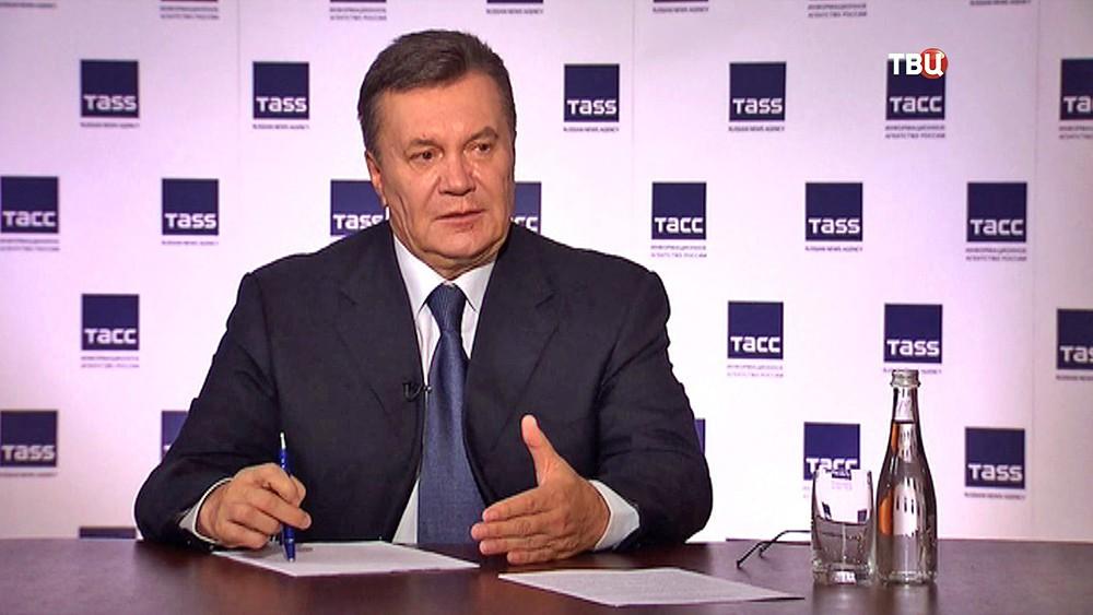 Виктор Янукович на пресс-конференции