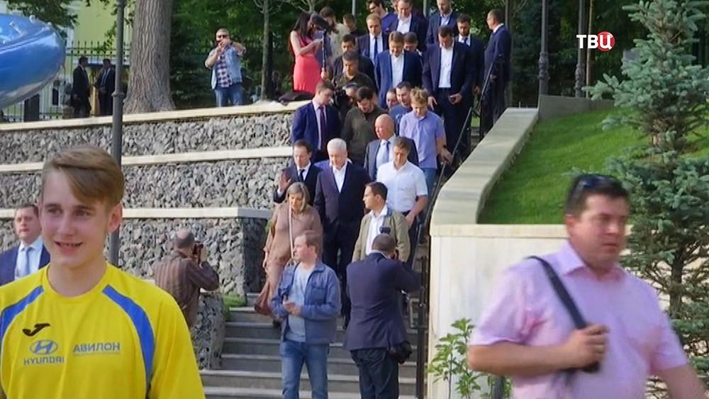 Сергей Собянин посетил после благоустройства Большой Спасоглинищевский переулок