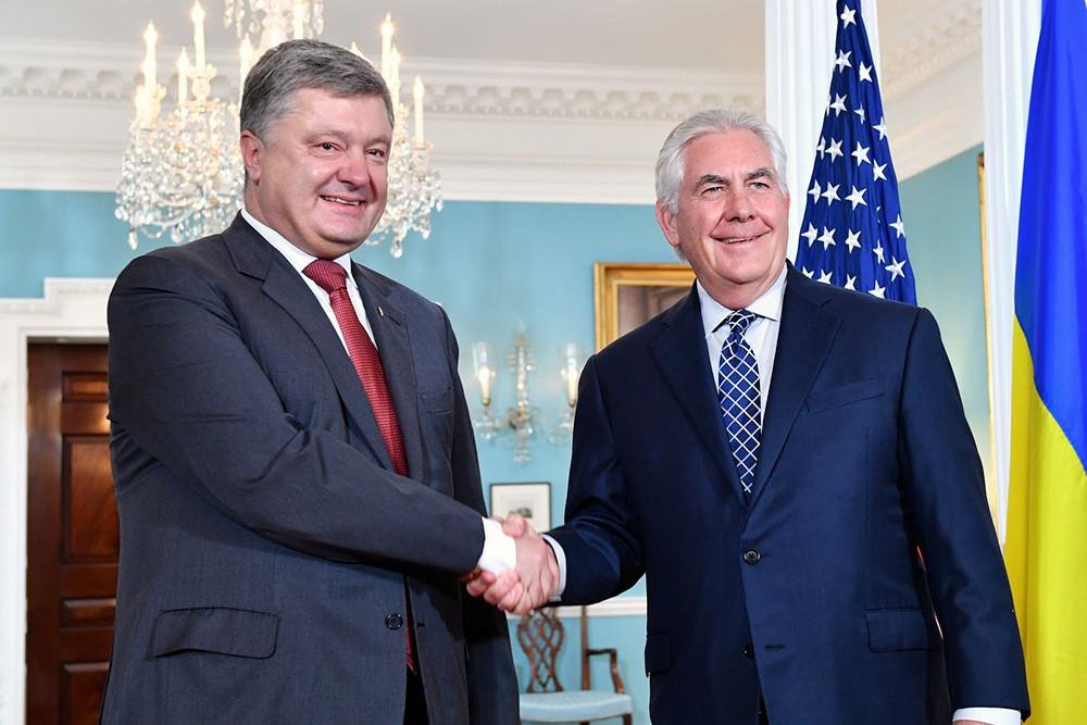 Рекс Тиллерсон и Пётр Порошенко