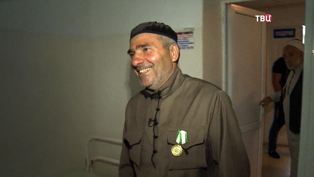 Спасший участников ДТП из горящего автомобиля Ису Газдиев
