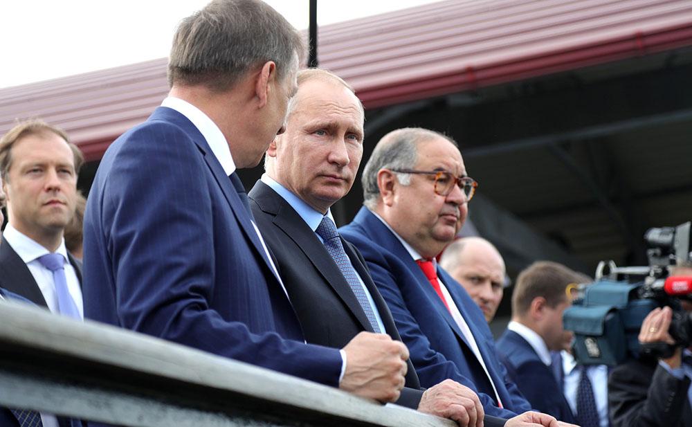 Владимир Путин посетил Лебединский горно-обогатительный комбинат