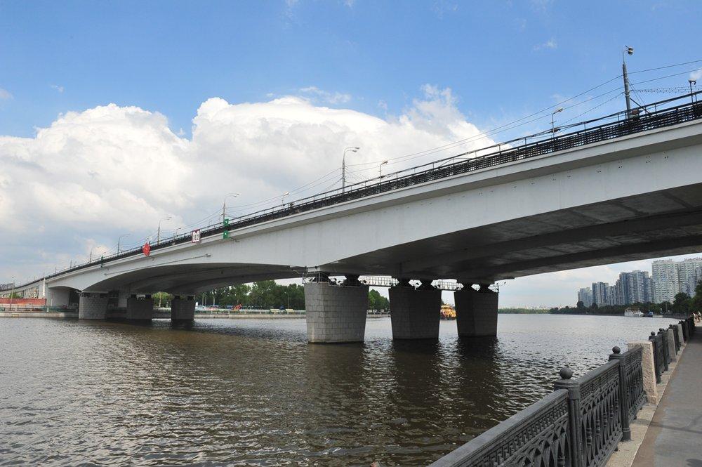 Нагатинский мост в Москве