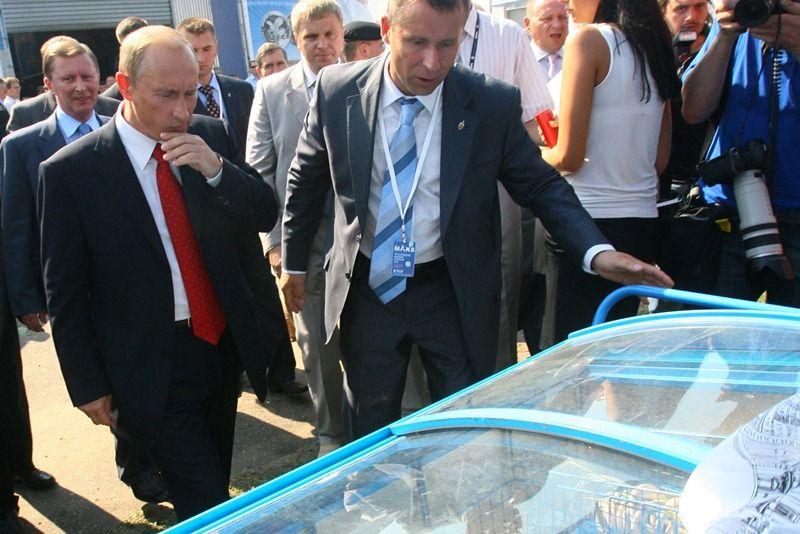 Владимир Путин выбирает мороженое