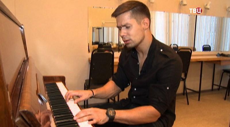 Российский певец Стас Пьеха