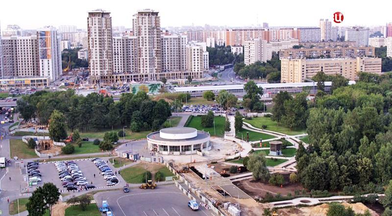 "Станция метро ""Ботанический сад"""