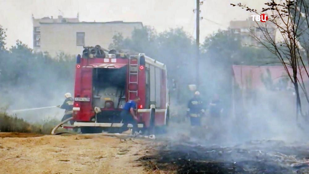 Степные пожары добрались жилых домов