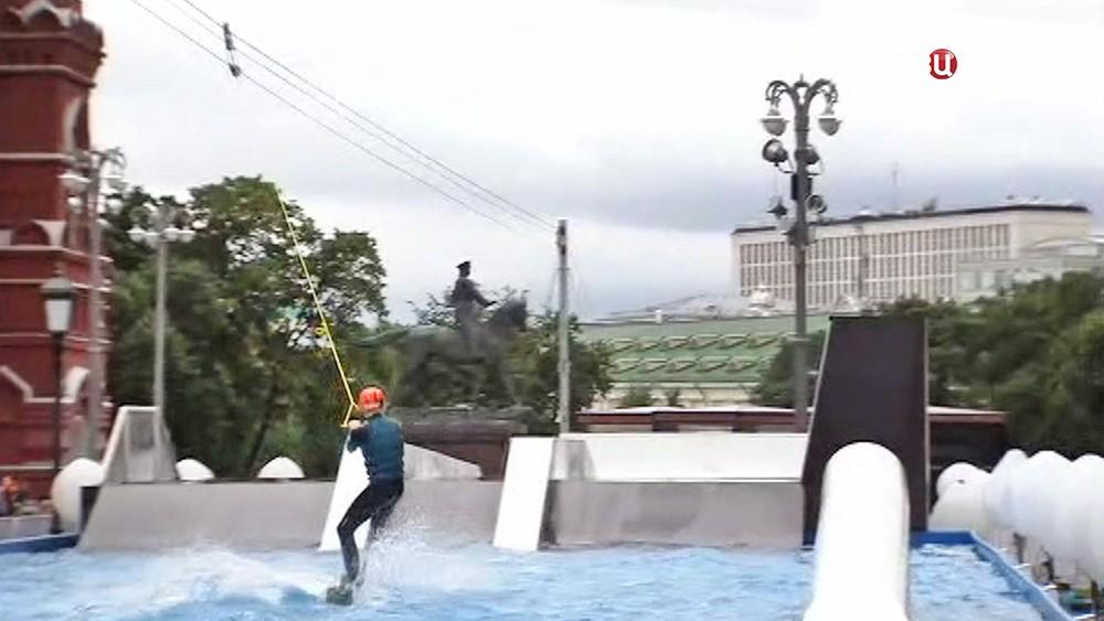 Вейк-парк на Площади революции
