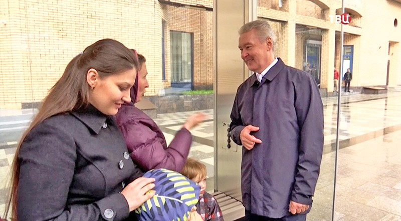 Сергей Собянин осмотривает Серпуховскую площадь