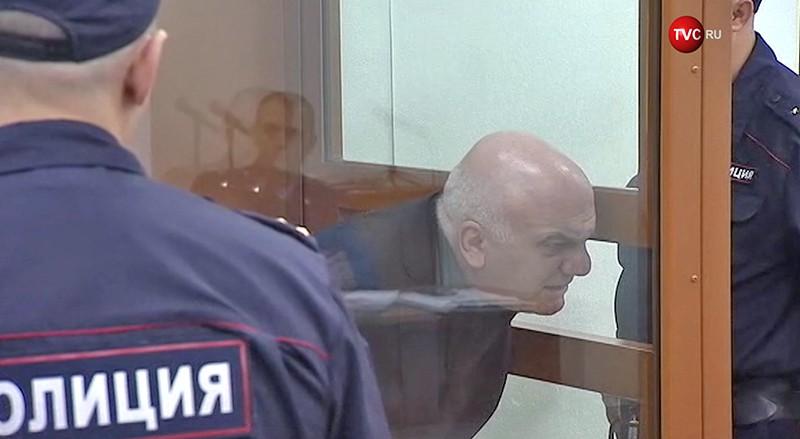 Арам Петросян в зале суда
