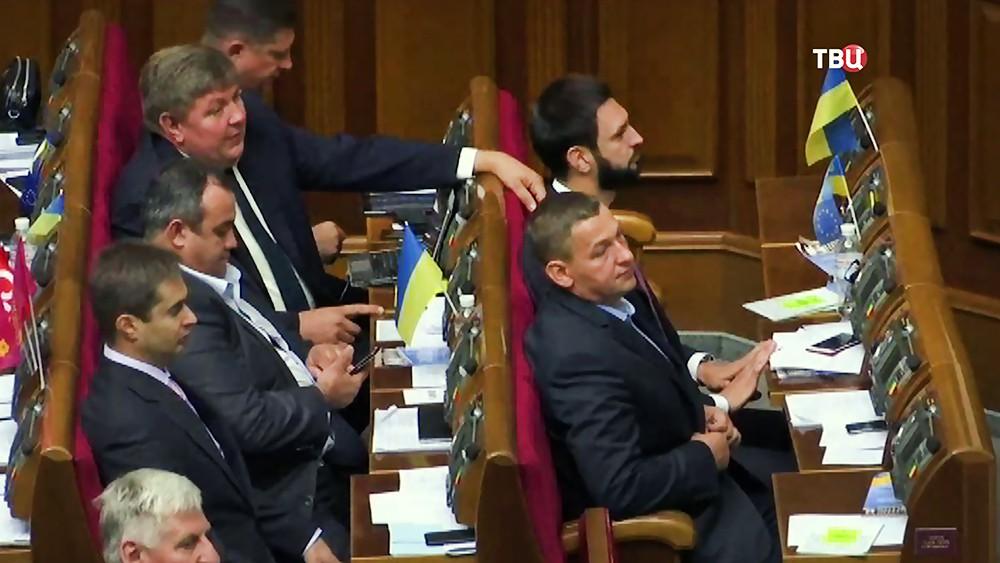 Депутаты Верховнаой Рады Украины