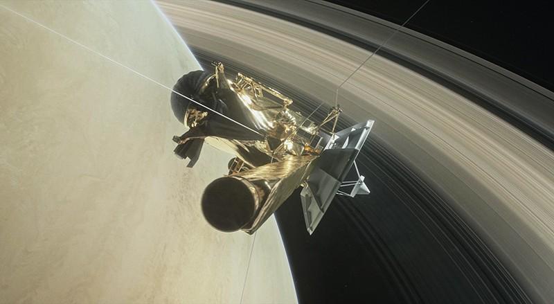 """Автоматическая межпланетная станция """"Кассини"""""""