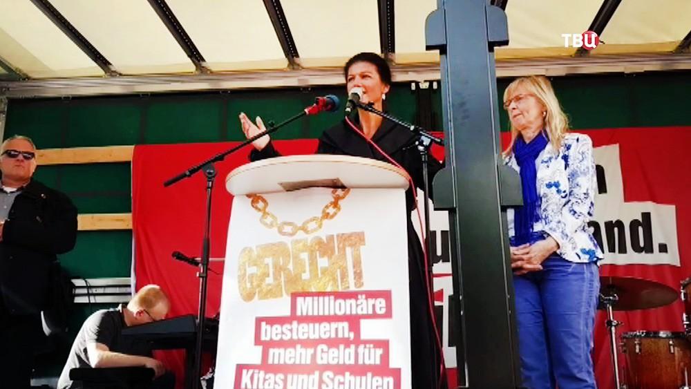 Вице-председатель Левой партии Германии Сара Вагенкнехт