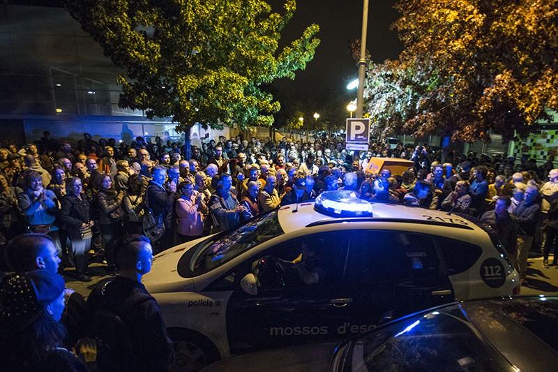 Столкновения с полицией во время референдума в Испании