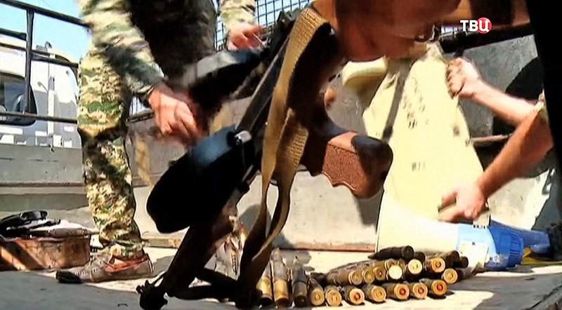 """Оружия террористов запрещенной группировки """"Джебхат ан-Нусра"""""""