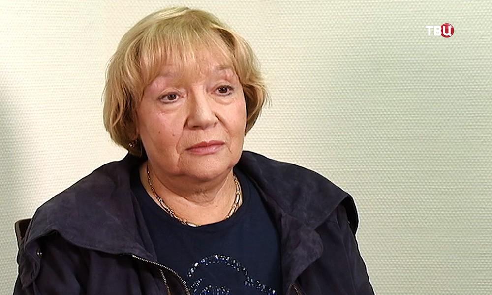 Актриса Елена Санаева