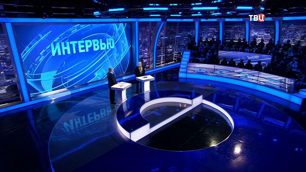 """Режиссёр Никита Михалков в студии программы """"Право знать!"""""""
