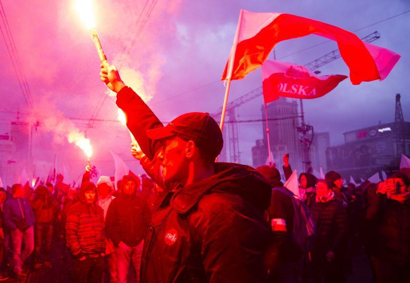 Марш националистов в День независимости Польши