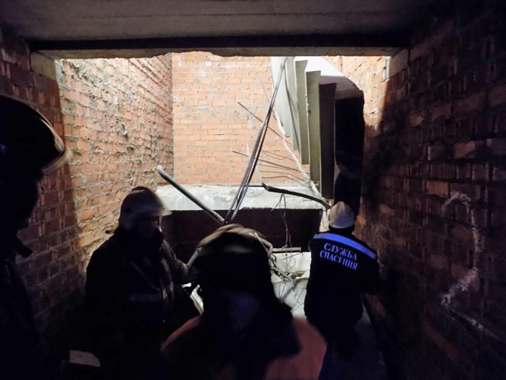 Последствия обрушения лестницы в доме