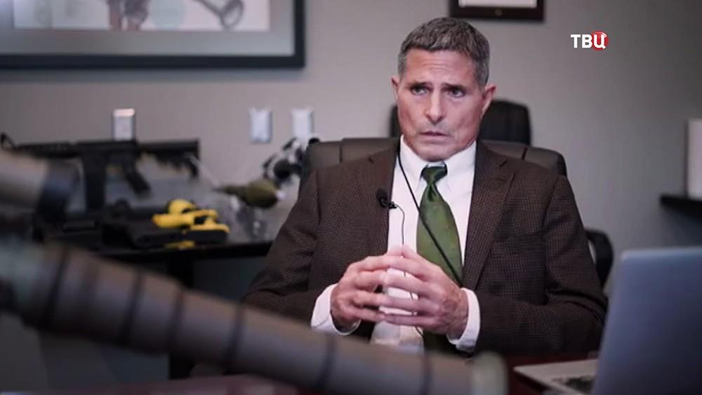 "Президент оружейной компании ""Airtronic USA"" Ричард Вендивер"