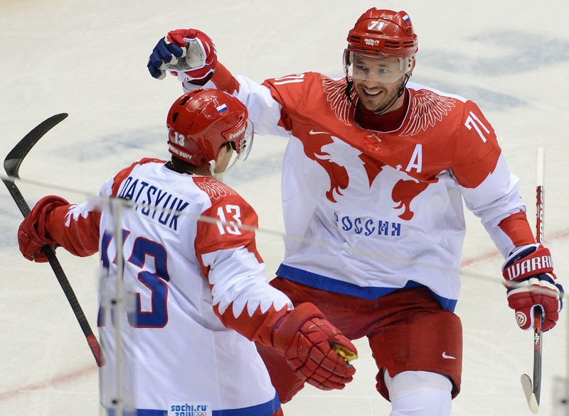 Хоккеисты сборной России Павел Дацюк и Илья Ковальчук