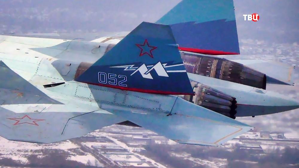 Истребитель Су-57 с новым двигателем