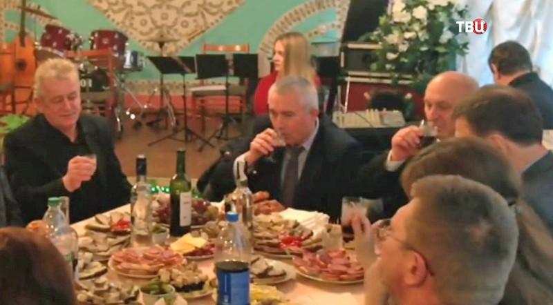 Владимир Арешонков вместе с чиновниками города Коростень Житомирской области на празднике