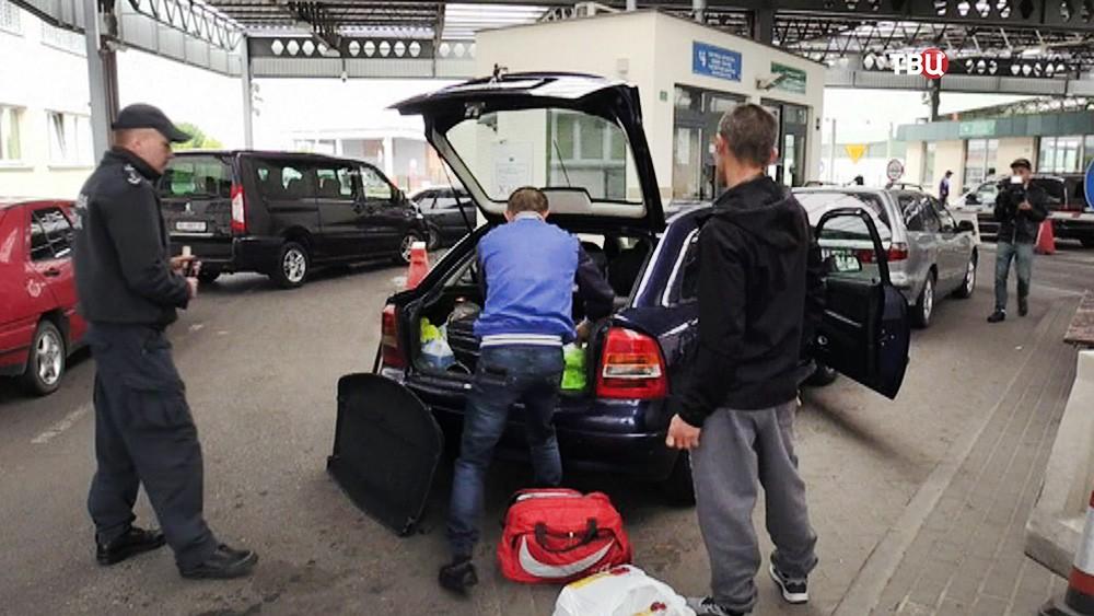 Украинские мигранты на польской границе