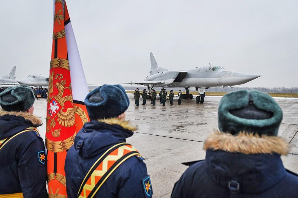 Прибытие экипажей Ту-22М3 выполнявших операции в Сирии