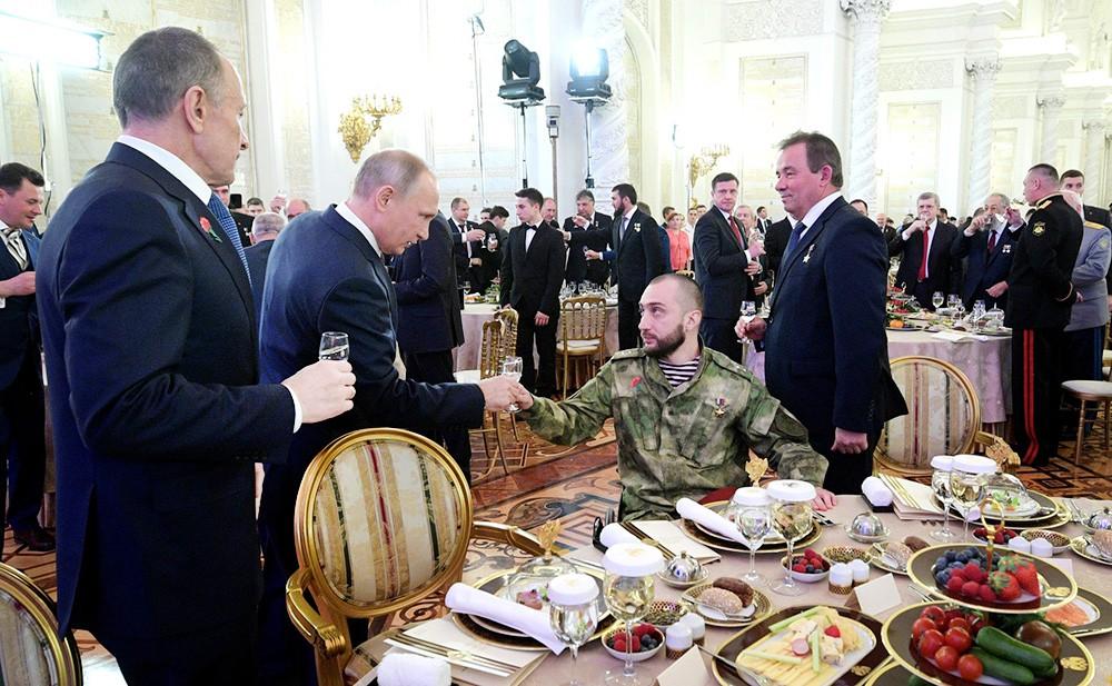 Владимир Путин на торжественном приёме по случаю Дня Героев Отечества