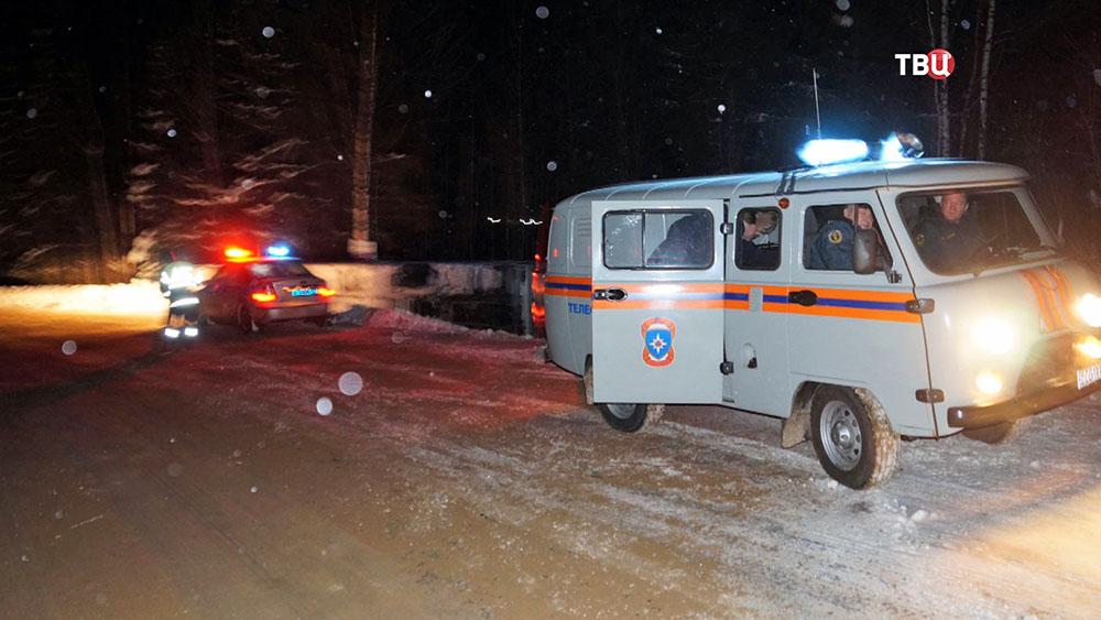 Полиция и МЧС на месте ДТП