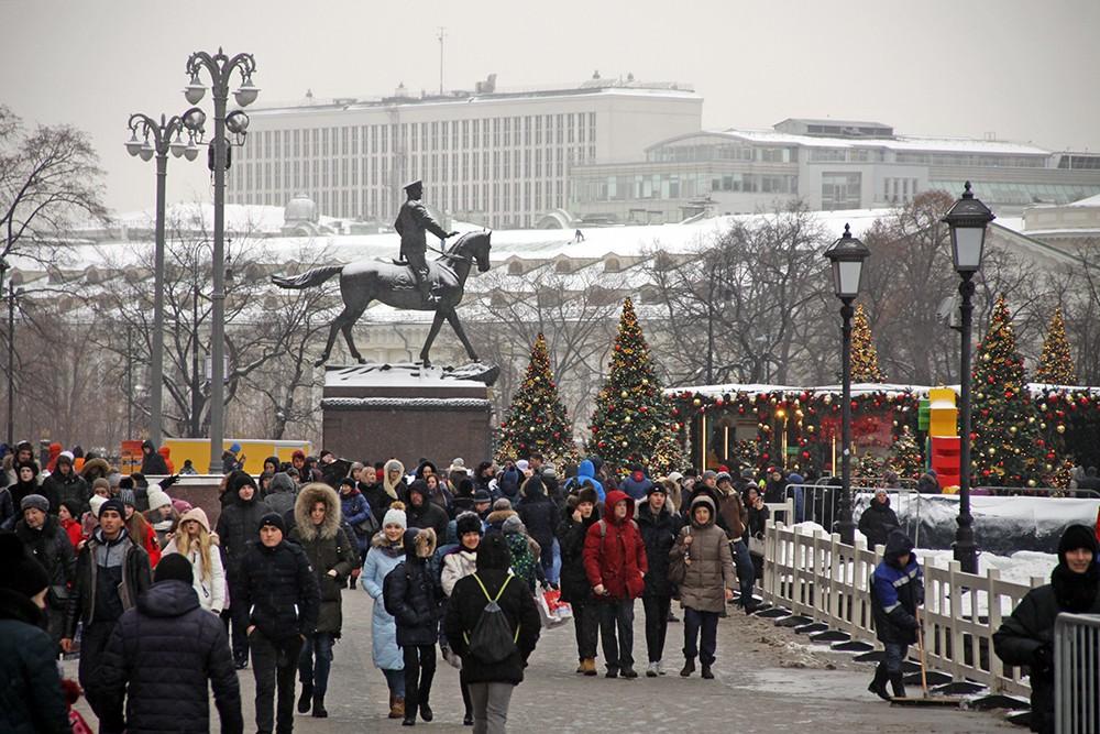 Новогоднее оформление на Манежной площади