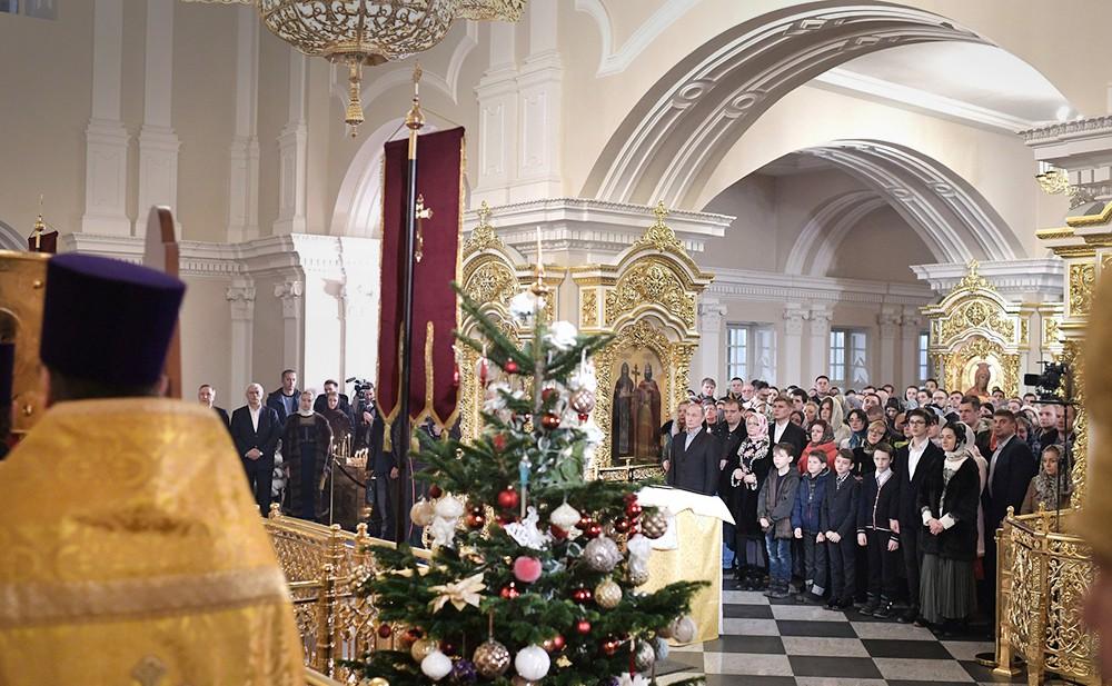 Рождественское богослужение в церкви
