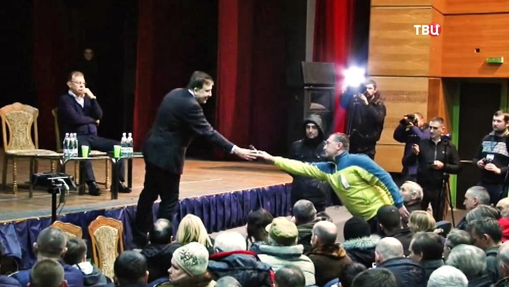 Михаил Саакашвили встретился с своими сторонниками