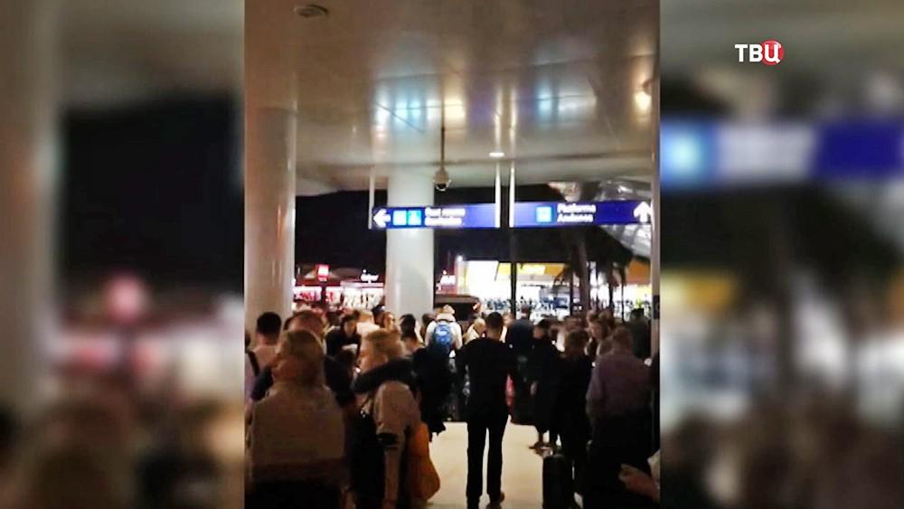 Пассажиры задержанного в Мексики авиарейса